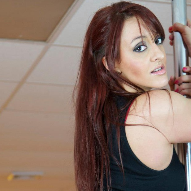 POLE DANCING WORKSHOP - Krystle Montalvo