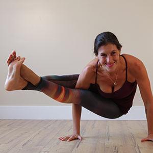 Yoga Nanda Ananda Flow (open level) - Kristen Petliski